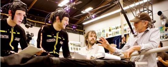 Spielberg und Jackson mit Schauspielern Jamie Bell und Andy Serkis in ihren Motioncapture-Anzügen - Sony Pictures
