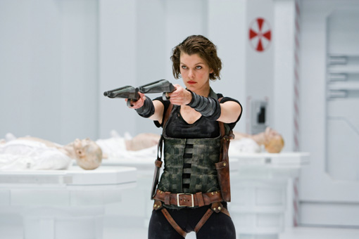 Milla Jovovich als Alice in RESIDENT EVIL: AFTERLIFE 3D
