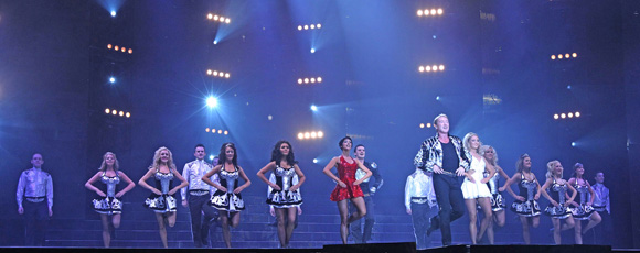Michael Flatley in LORD OF THE DANCE in der Wembley Arena London. Foto: BRIAN MCEVOY