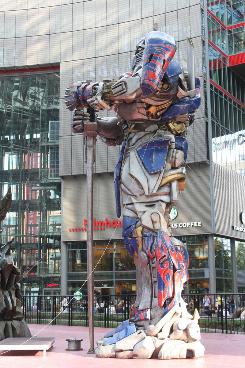 Transformers 4 Europapremiere - Szenenbild 35